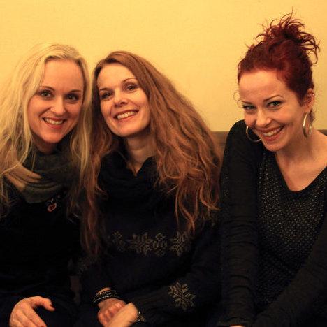 Kari Rueslåtten, Anneke Van Giersbergen et Liv Kristine à l'occasion de notre interview à Paris, le 20 décembre 2014