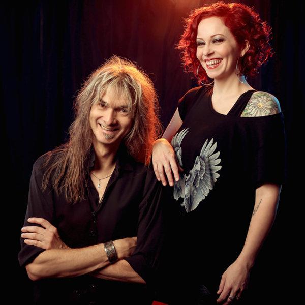 Photo promo de The Gentle Storm avec Anneke et Arjen title=