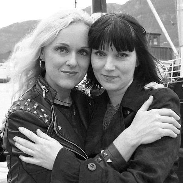 Liv Kristine et Lindy-Fay Hella (WARDRUNA)