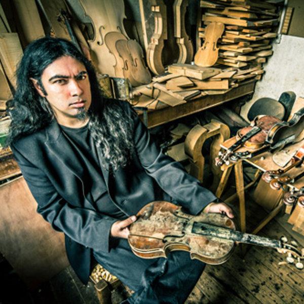 Photoshoot par Guillaume Bideau dans l'atelier de violon Carbonare