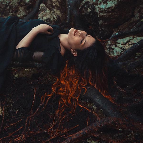 Photo promo de Charlotte Wessels pour Phantasma par Fabio Interra