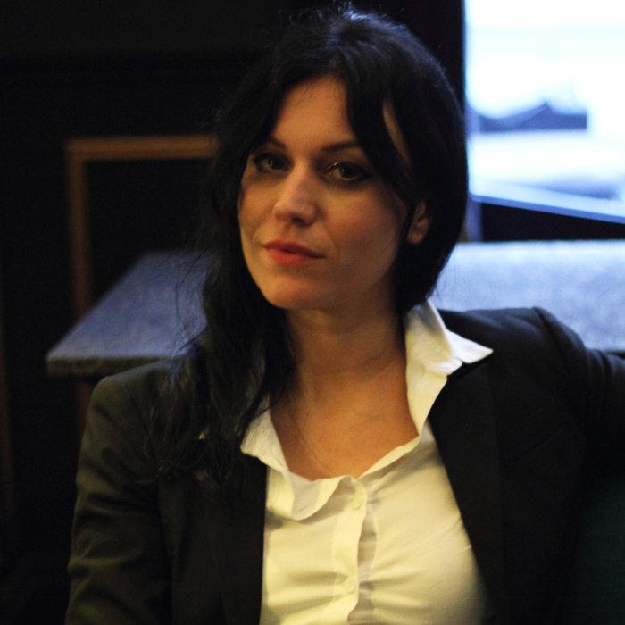 Cristina Scabbia de Lacuna Coil en marge de notre interview d'Andrea Ferro à Paris, le 8 avril 2016